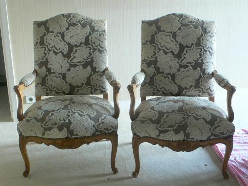 canap s et si ges espace classique bruno moine tapissier d corateur. Black Bedroom Furniture Sets. Home Design Ideas