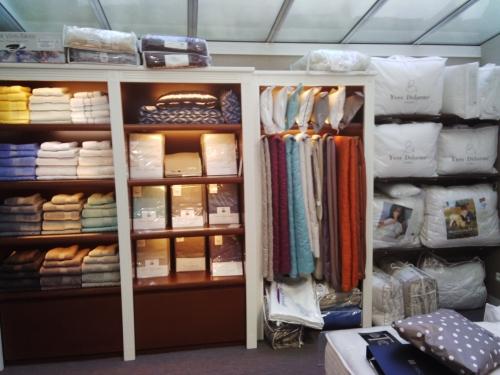 yves delorme saumur et angers la boutique deco bruno moine tapissier d corateur. Black Bedroom Furniture Sets. Home Design Ideas